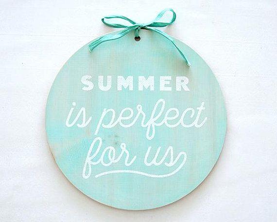 Holzschild Siebdruck Summer ist perfect for us / rund / #summer #siebdruck #silkscreen #holzschild #etsy