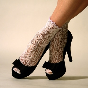 Pretty-in-Lace: Pretty In Lac Ankle, Pretty Clothing, Lacy Things, Socks Inspiration, Lace Ankle Socks, Knee Socks, Lace Socks, Fashion Finding, Socks Style