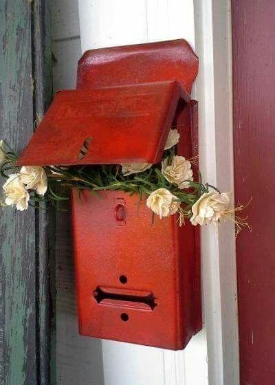 It was only when he got to her door, he realized he couldn't face her. By this time however, he'd already rung the doorbell. Panicking, he shoved the bouquet into her mailbox and made a run for it.
