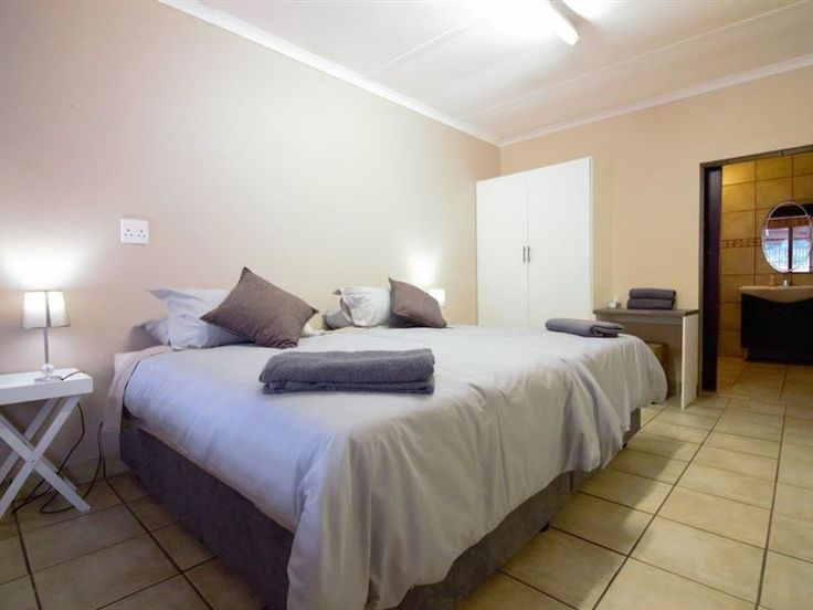 Koedoe Cottage - Welcome to Koedoe CottageLovely spacious self-catering unit available in Nelspruit! 1 bedroom with two 3/4 beds or 1 king size bed. En-suite bathroom.  A living area with 1 single bed, flat screen tv and ... #weekendgetaways #nelspruit #lowveldlegogote #southafrica