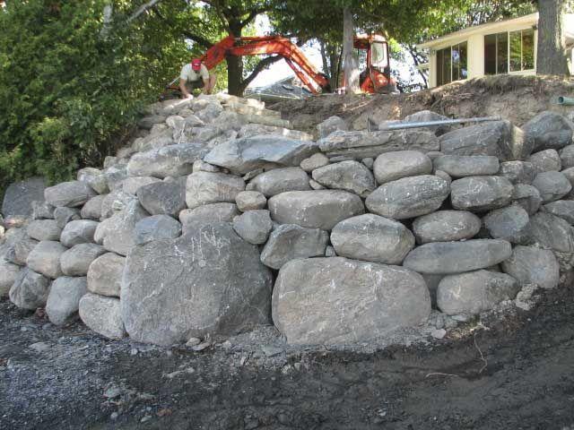 Stein-Stützmauer Design #Gartenmöbel Gartenmöbel Pinterest Design