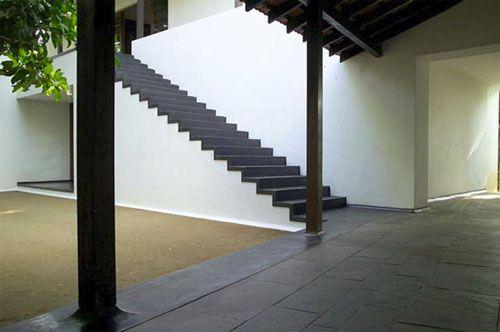 Kapadia House 1 - Bijoy Jain, Studio Mumbai. Shades of Bawa and Correa.