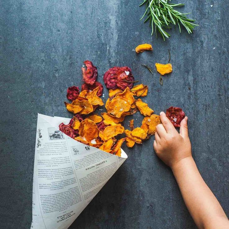 Sweet Potato and Red Beet Chips - www.madelinelu.com: