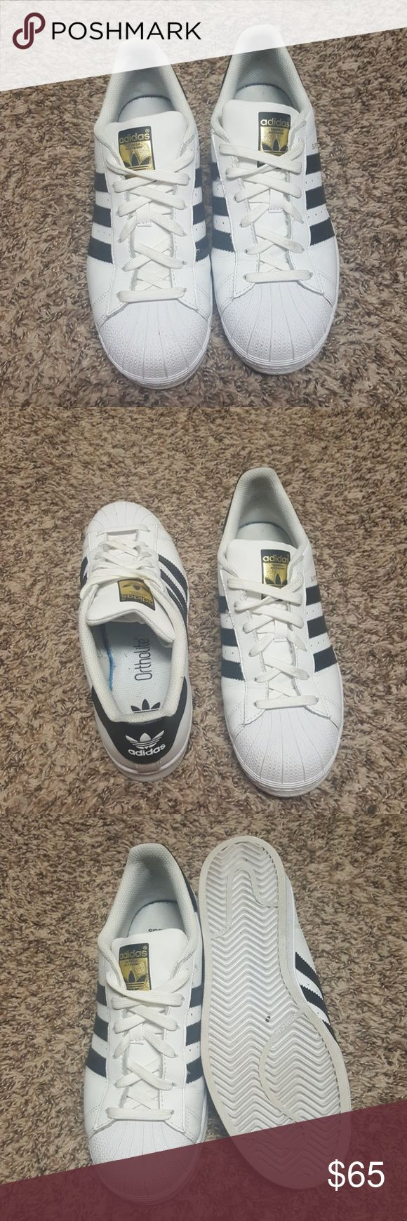 Adidas Superstar original Super classic Adidas that you can rock with any outfit. Worn twice. Like new condition. Kids size 6. Fits womens 8, 8.5. adidas Shoes Sneakers