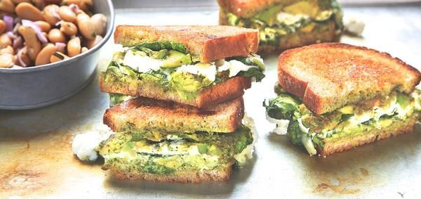 Perfect grilled cheese features artisan bread, pesto, two types of cheese and creamy avocado. This easy dinner is ready to serve in 20 minutes!