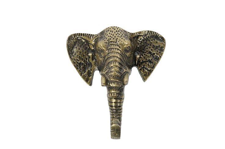 Ditmooie statige olifantenhoofd is eigenlijk te mooi om te gebruiken als kapstok. Je kunt hem dus ook gewoon als decoratie gebruiken op de muur. Of hang er je mooiste sieraden aan op. Of gebruik hem wel gewoon als kapstok, en wordt elke keer blij als je je jas van de kapstok haalt!