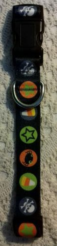 Dog Holloween Collar Size S Black with candy skulls and stars free ship jm906