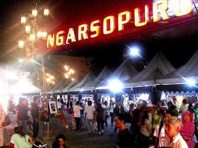 Ngarsopuro region with the antique market