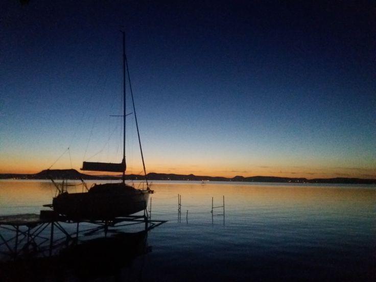 Naplemente a Balatonnál/ Sunset at Lake Balaton