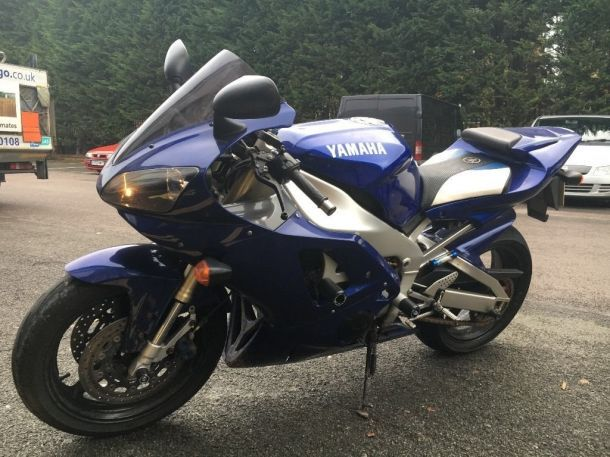 Excellent Condition Yamaha yzf r1 5jj For Sale