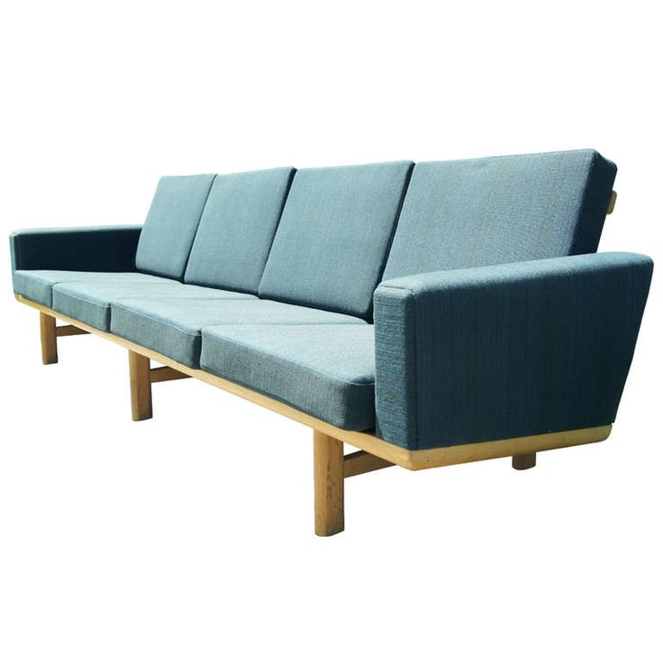 Four seater sofa by hans wegner for getama for Couch 0 interest