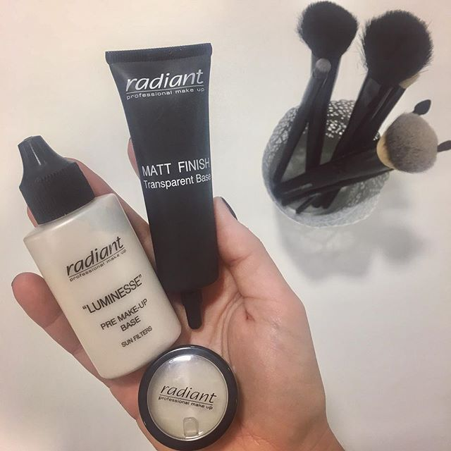 Primer to perfection! Eye-shadow base will help your eye shadow last much longer, Luminesse Pre Make Up Base will correct the color of your complexion and of course our best seller Matt Finish Transparent Base for a beautiful matt skin with no imperfections. #radiantprofessional #primers #beautytips #makeup #essentials