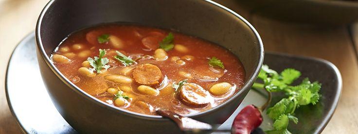 Fazuľová polievka s klobásou | Mliečna rodina
