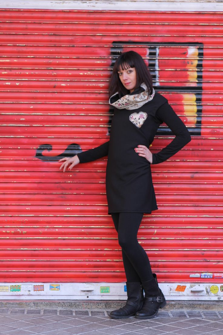 Original vestido sin mangas. Disponible  https://www.facebook.com/pages/Fulanita-de-Tal/157165971153989?ref=hl