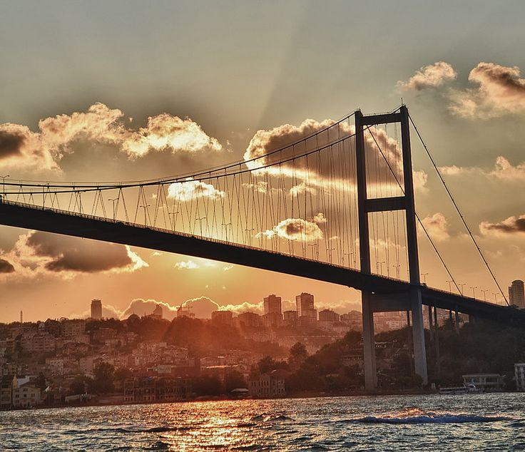Bosphorus Bridge at sunset with blue waters of Bosphorus, Istanbul Turkey Photo credit Ozgur Ayhan