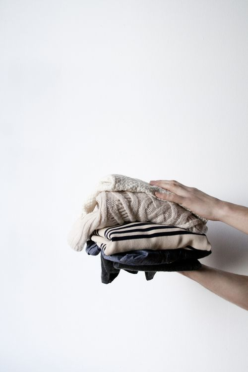 This blog helps you weed through the clutter in your closet. There are some good pointers to help.