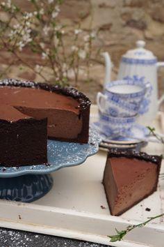 Zutaten:     Mürbeteig     75g Zucker   150g kalte Butter   200g Mehl   100g Kakaopulver   1 Prise Salz   1 Pck. Vanillezucker   Vanill...