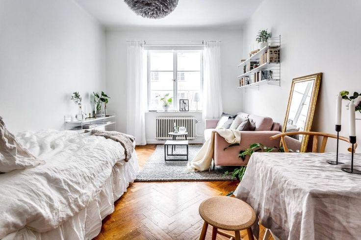 Tiny, charming studio apartment in Stockholm