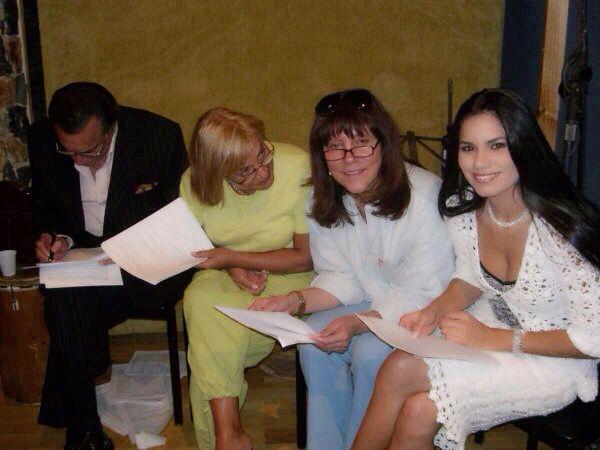 Marina Baura, Carmen Victoria Perez y Raúl Amundaray un honor haber trabajado con ellos. Primeros actores, primero humanidad. Venezuela