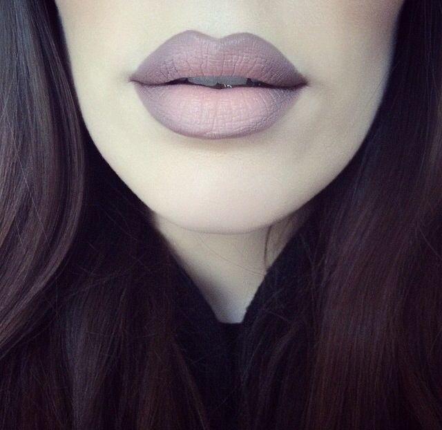 Mac Myth lipstick with Stone liner