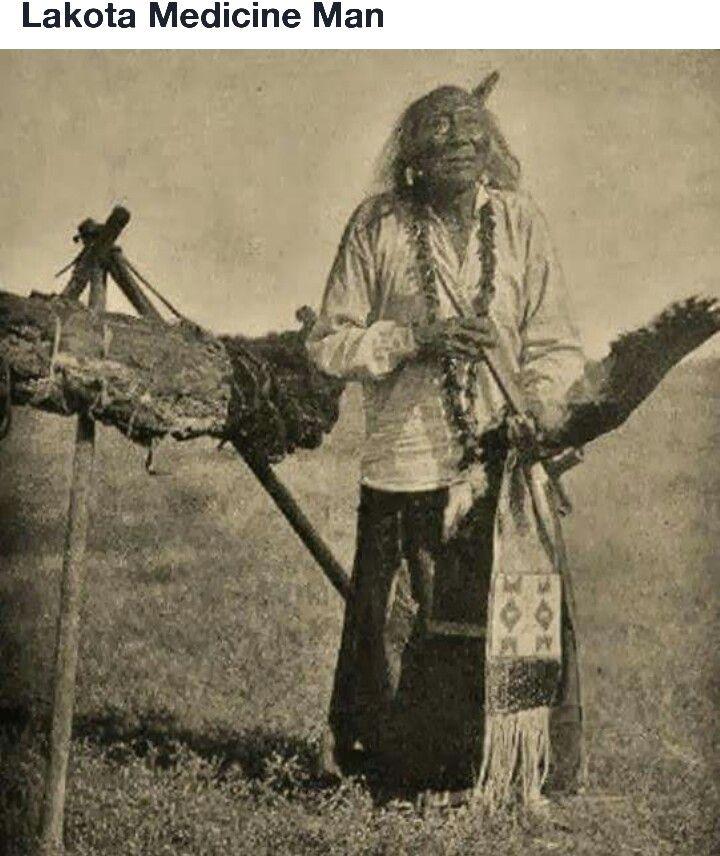Lakota Médicine Man <3