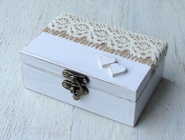 Box für eheringe.Ehering schatulle. Ringschachtel aus Holz im rustic Look.  Ringbox die man z.B. statt Ringkissen. Maße: 13 x 9,5 x 5 cm  ★ ∞ ☆ ∞ ★ ∞ ☆ ∞ ★ ∞ ☆ ∞ ★ ∞ ☆   Wedding ring box in...
