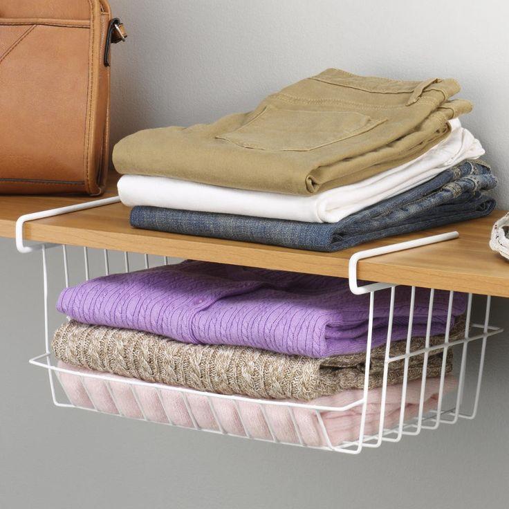 С подвесной корзиной от Whitmor (США) вы можете использовать свободное место под полкой в шкафу. Корзина достаточно вместительная для пары свитеров, обуви или сумок. Ей также найдется применение на кухне или кладовке. Вещи будут аккуратно лежать в корзине под полкой на виду и в легкой доступности. Бортик корзины не даст содержимому выпасть. Сделана из прочного металла.Подвесная корзина для хранения Для вещей, обуви, аксессуаров, продуктов, бакалеи, инструмента и проч. Вместительная…