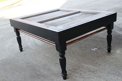 DIY coffee tableUnskinny Boppy, Tables Repurposing, Wooden Exterior, Coffee Tables, Doors Jam, Crafts Ideas, Doors Turn, Exterior Doors, Old Doors