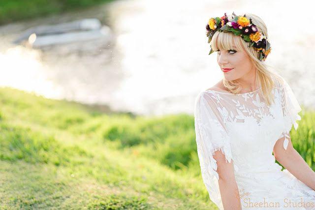 Bohemian | Wedding | Bouquets | Bright colours | trailing foliage | White dress | White bridesmaids | Naomi Rose Floral Design | Flower Crown | Sheehan Studios photography