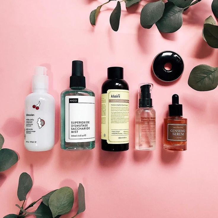 AM routine  I love you all.. thanks so much for all the kind DMs received the stories comments everything. 사랑해  I ate today salad to have enough space on my stomach for the korean dinner toninght lol 비빔밥 맛있어요   In love my AM routine today: .  #glossier jelly cleanser - Im literally obssesed with its scent.  #niod sdsm2 - loving this guy so much..  #klairs supple prepration toner - 3 layers.. LOVE it.  #purito galacto niacin power essence - Trying it yet but..   #imfrom ginseng serum - I…