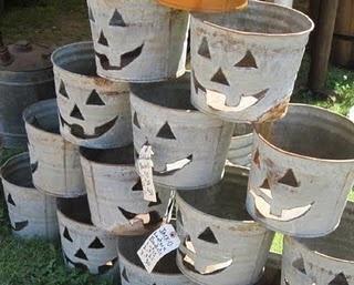 Jack O' Lantern Buckets