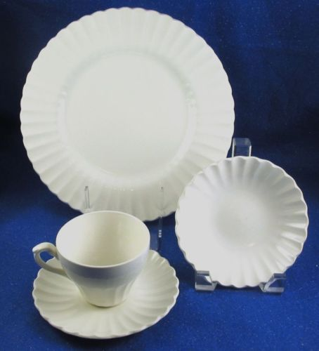 *I have 5 dinner plates of J. Meakin England Dinnerware in Classic White. & 37 best Ironstone images on Pinterest | Dish sets Kitchens and Dish ...