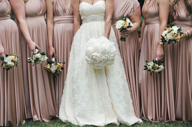Nashville wedding with Southern classic theme and dusty rose, cream, and black details at Cheekwood Botanical Garden, photographed by Frenzel Studio | The Pink Bride® www.thepinkbride.com