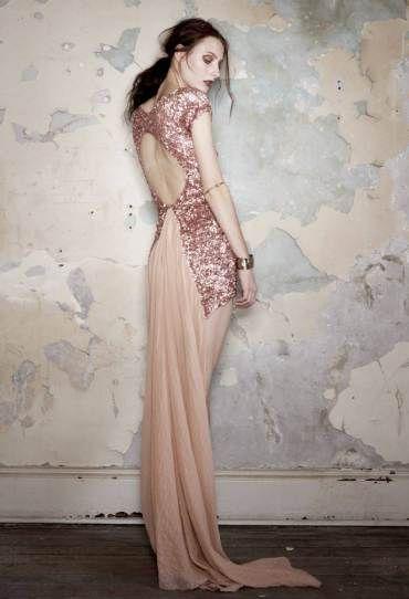 Aje rose gold dress: Evening Dresses, Pink Sparkle, Sequins Dresses, Dusty Pink, Pink Sequins, Sparkly Dresses, Open Back, Rose Gold, Pink Gowns