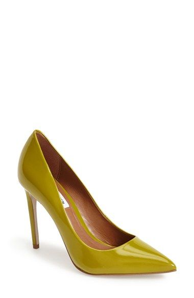Madden Girl Womens GETTA Closed Toe Classic Pumps Nude Size 5.5 BaiD