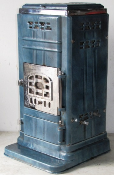Vintage Art Deco French Stove http://antiquefrenchstove.com/Ciney%20Blue.htm