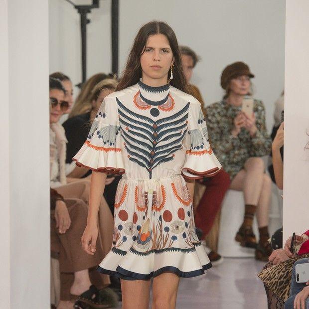 Desfile da Chloè na semana de moda de Paris (Foto: Imaxtree)