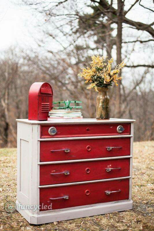 Vintage car chest of drawers