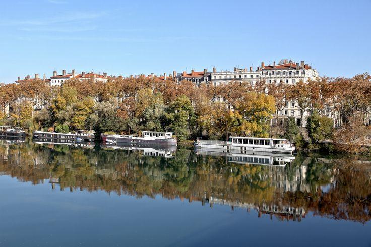 https://flic.kr/p/DSYs4p | Flânerie d'automne à Lyon | Habitant la Bourgogne…