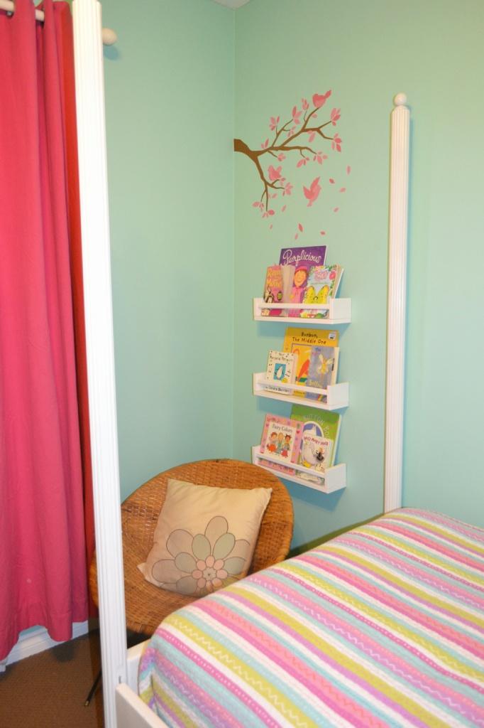 ikea spice rack bookshelf creating a kids reading nook. Black Bedroom Furniture Sets. Home Design Ideas