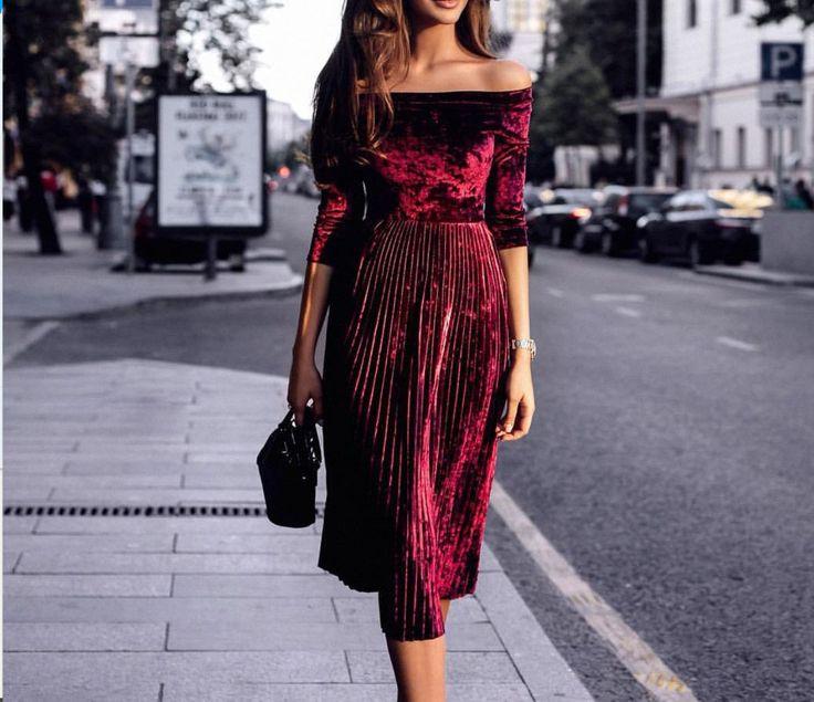 Ravishing Off the Shoulders Midi Dress