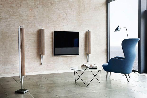 #Bang & #Olufsen draadloze #luidsprekers #BeoLab 18 Bang & Olufsen introduceert de BeoLab 18, een topmodel in het nieuwe assortiment van draadloze luidsprekers. De BeoLab 18 is een karakteristieke #luidsprekerzuil en heeft een unieke eigenzinnige vormgeving. Het product is gemaakt van Scandinavisch #hardhout - #klassiek en #modern tegelijk Meer informatie over #Bang&Olufsen?: http://www.wonenwonen.nl/audio-en-video/bang-olufsen-draadloze-luidsprekers/7239