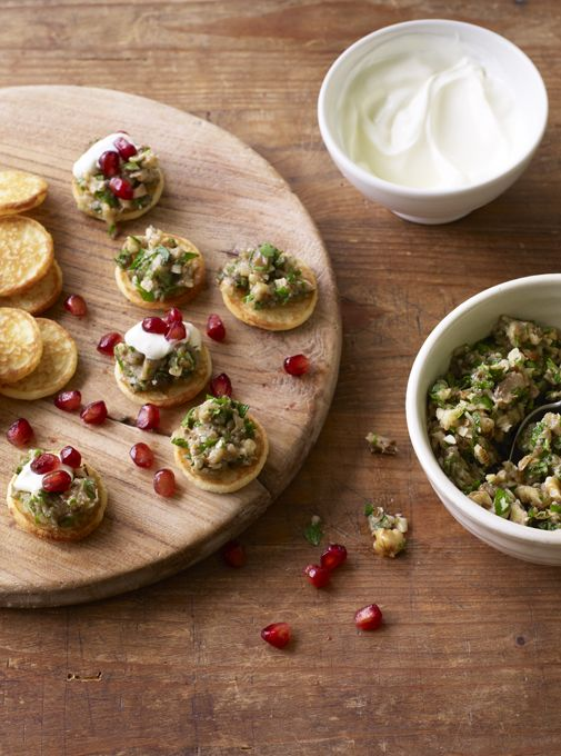 Best 25 blinis toppings ideas on pinterest smoked for Canape toppings