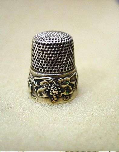 Scarce Beautiful Antique Simons Sterling Grape Cluster Thimble 1907 | eBay