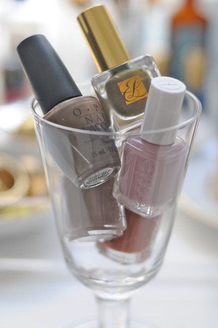 Love to wear muted nail polish shades in the Fall.Nailpolish, Wine Glass