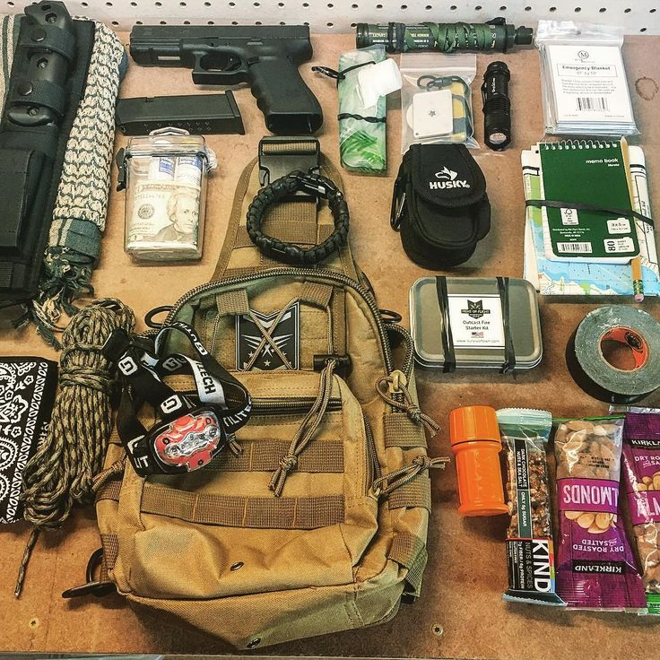 """444 Beğenme, 9 Yorum - Instagram'da Fight or Flight Survival Gear (@survivor_town): """"Pic of my Fight or Flight Tactical Sling get home bag ready to roll! For quick access I have my…"""""""