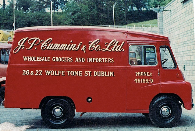 J.P. Cummins Van    Signwriting by Kevin Freeney.    A Morris LD Van