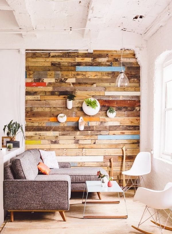 Stylize an accent wall in your home with the alluring warmth and depth of wood, whether you select a gorgeous rustic style or upscale chic.