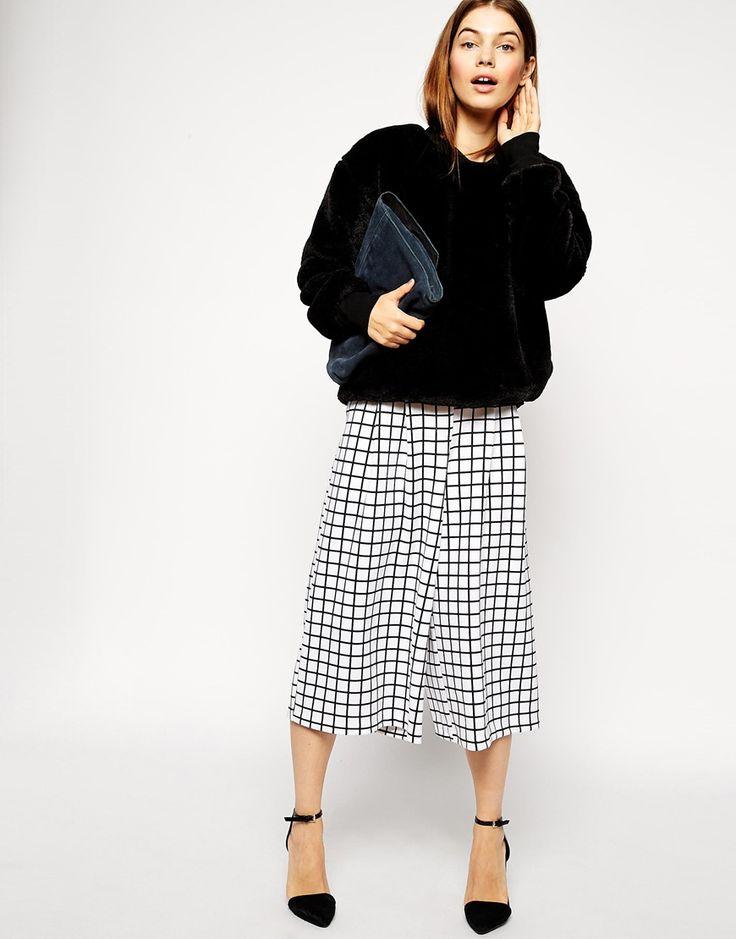 Wide Leg Culotte In Grid Print