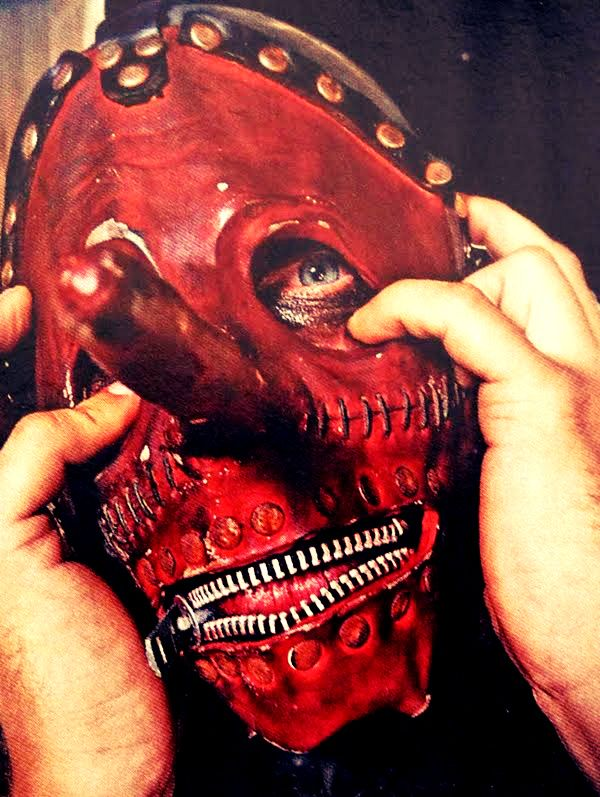 "Chris Fehn fala sobre o ""Antennas To Hell"" , o futuro do Slipknot e muito mais …"